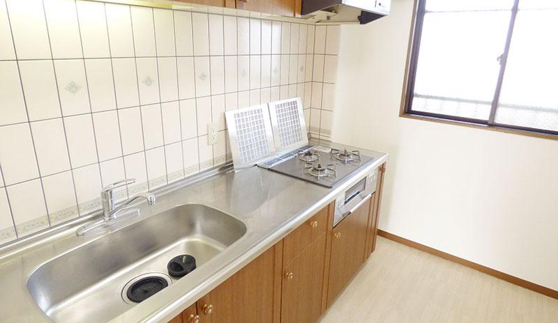 仙台市宮城野区白鳥のキッチン