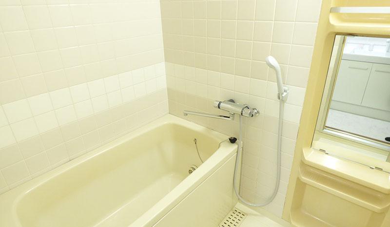 中古マンションの浴室